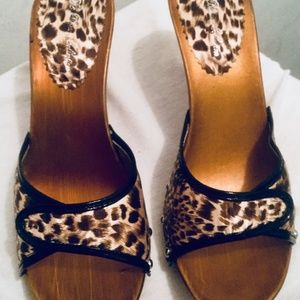 Woman leopard print Clog Sandals